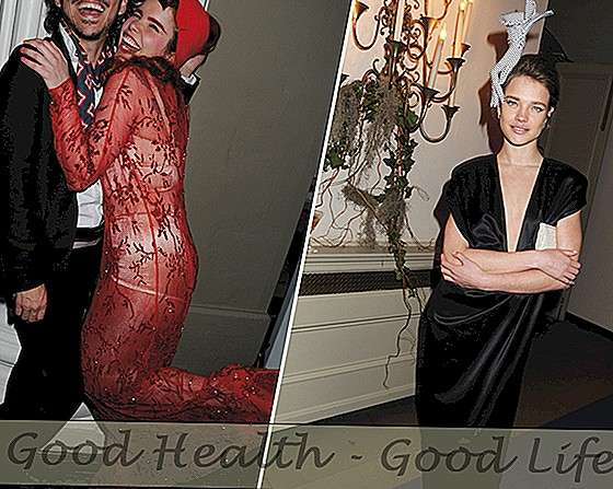 Celebs Go Out All For The Surrealist Ball 2011 - Mode